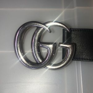 Gucci belt with silver GG